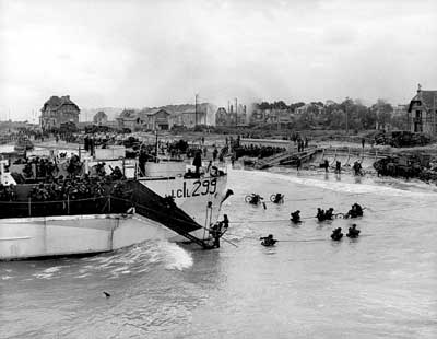 canada d-day essay View essay - outline for d-day invasion paper from history b at christ academy d-day invasion research paper i introduction a thesis statement: during world war ii.