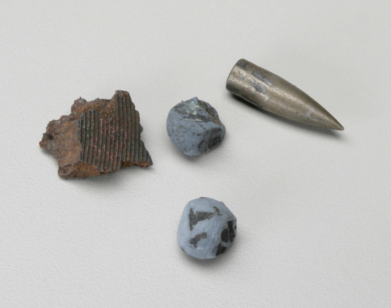 Fragments de shrapnel et balles