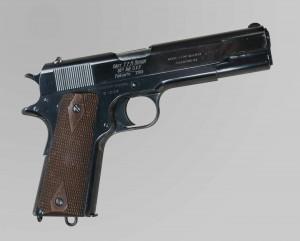 Pistolet automatique Colt de calibre .45