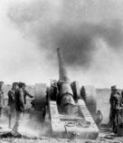 Gros canon de la marine, Crête de Vimy, Avril 1917 ;PA-001187 CWM Photo Reference Credit Archives nationales du Canada