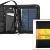 Deluxe solar charger for cell phones:: Chargeur solaire pour t