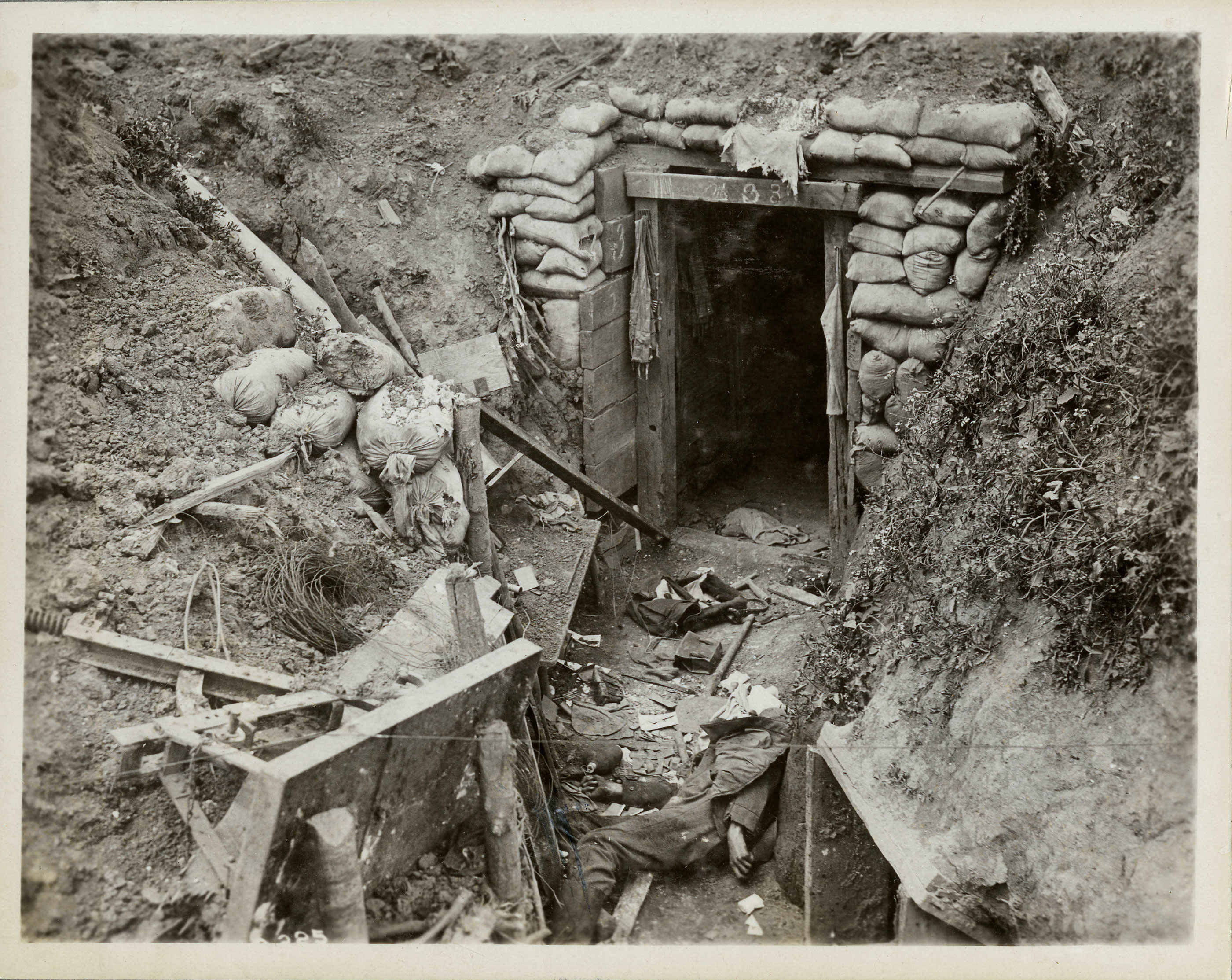 Tranchée allemande démolie