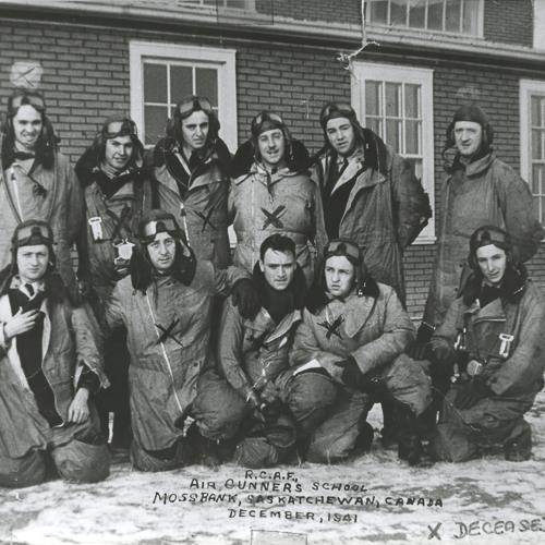Photo de fin d'études de la promotion1941, École des mitrailleurs