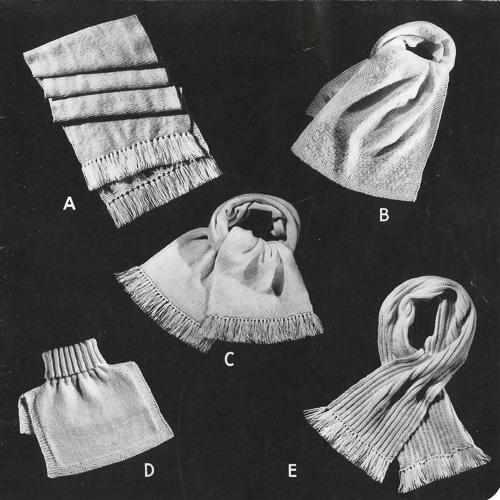 Une page du catalogue Beehive Service Woolies (tricots militaires) montre quatre écharpes et un plastron à col roulé.