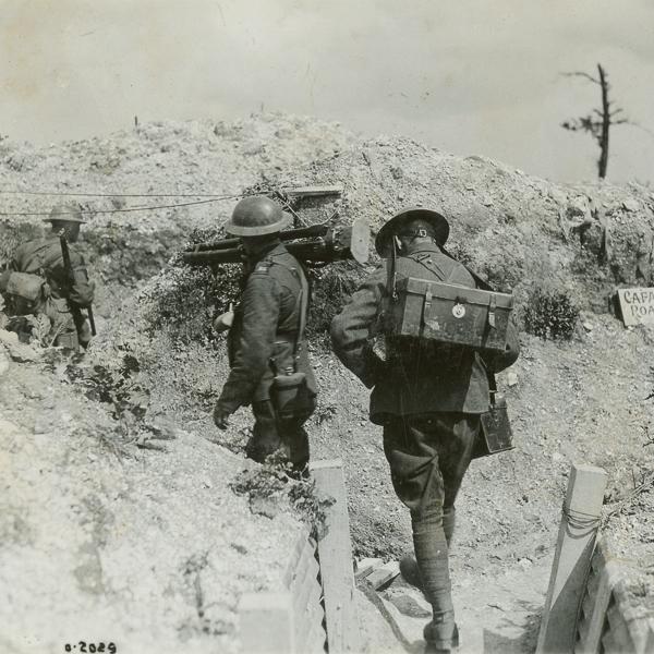 Photographie officielle de guerre avec description