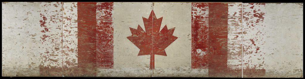 Panneau de bois éraflé, décoré d'un drapeau canadien